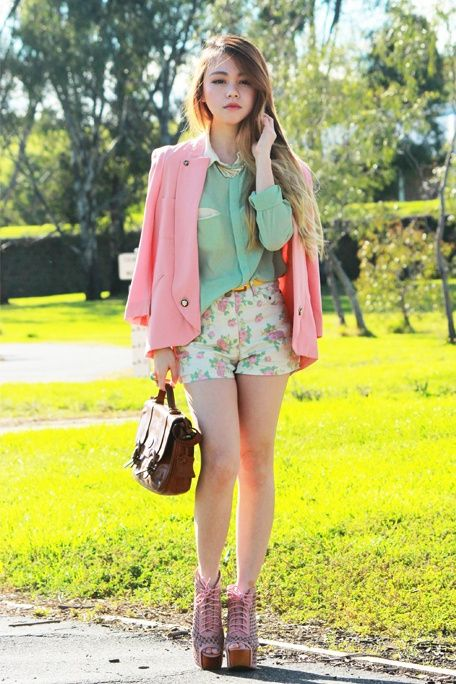 b7add57b521e Best Ways to Wear Pastel Colors This Summer 2019 - StyleFavourite.com