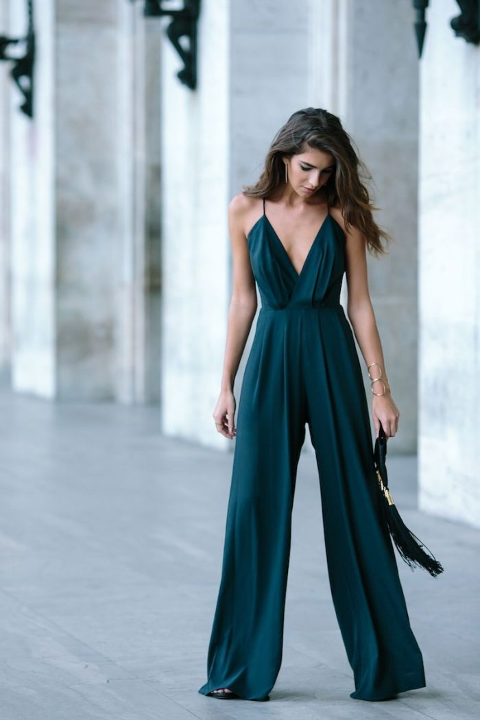 33920a41619 What To Wear At A Beach Wedding 2019 - StyleFavourite.com