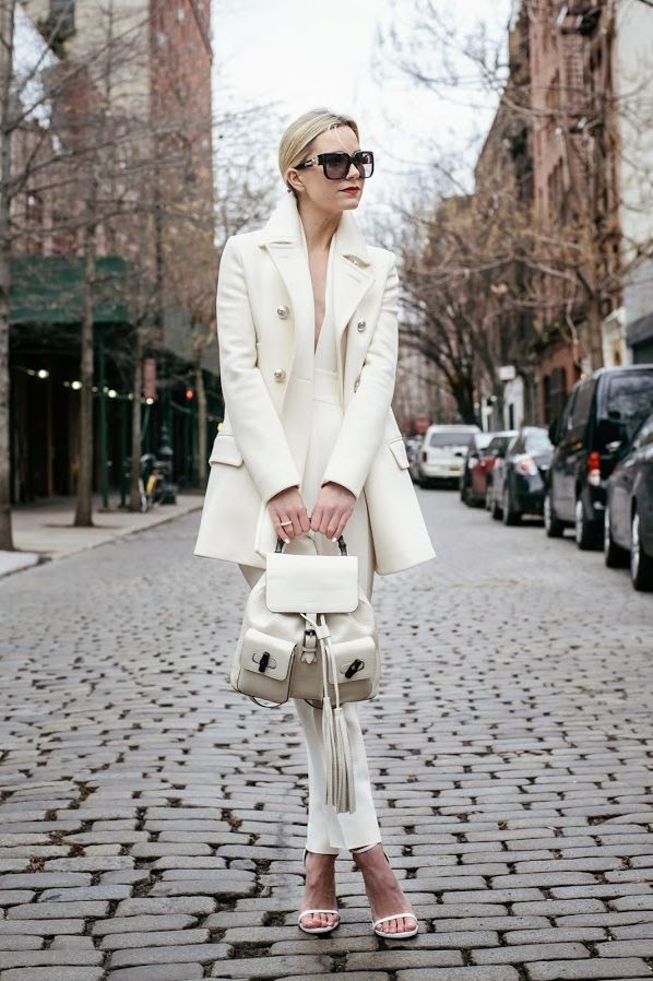 White On White Clothing Combinations For Women 2018 (22)