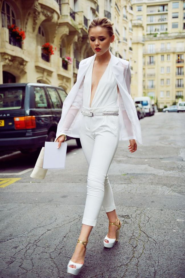 White On White Clothing Combinations For Women 2018 (23)