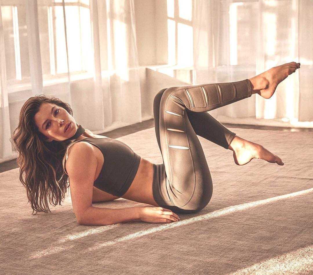 Jessica Biel In Yoga Activewear By Gaiam 2021