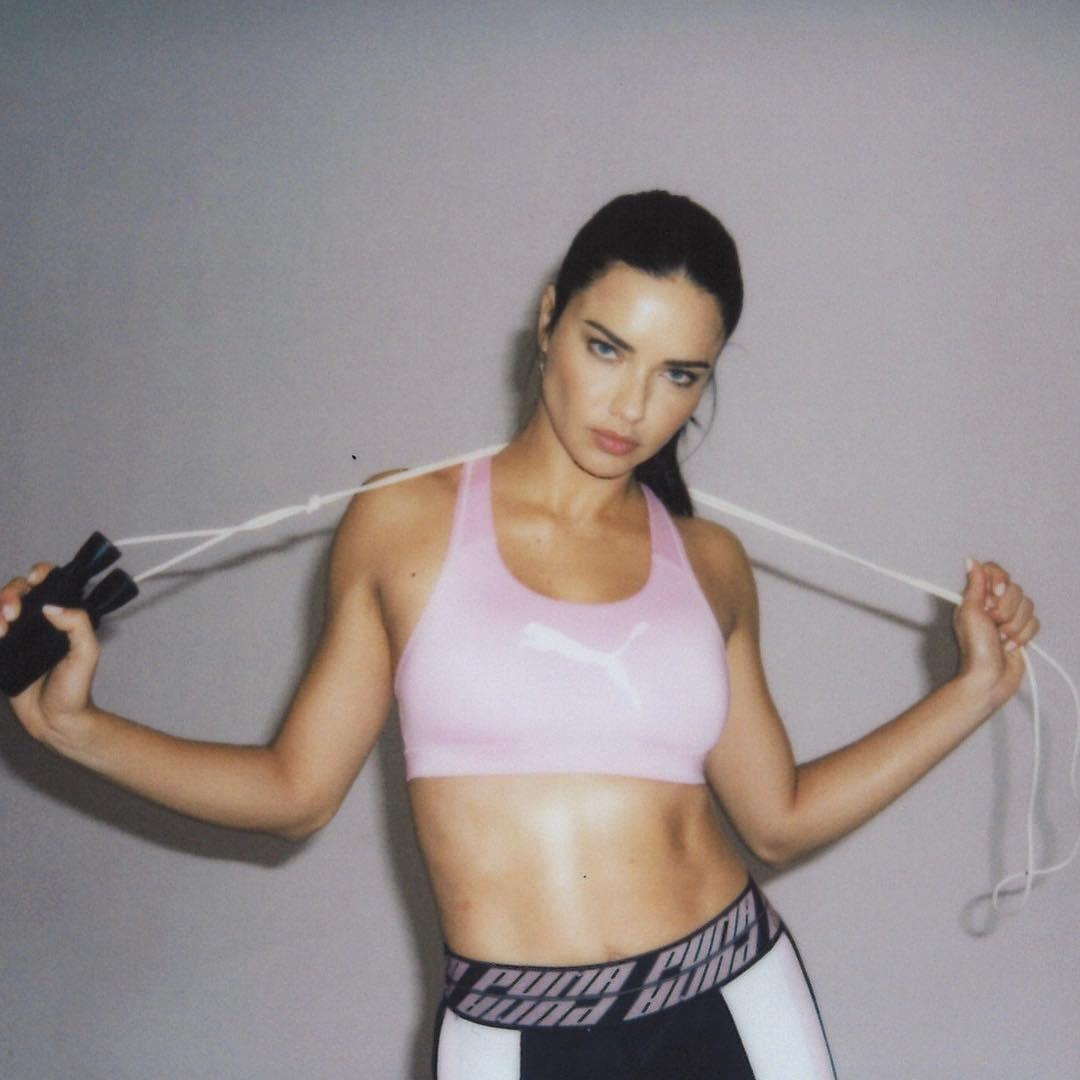 Kendall jenner at milan fashion week arrives at versace show photo
