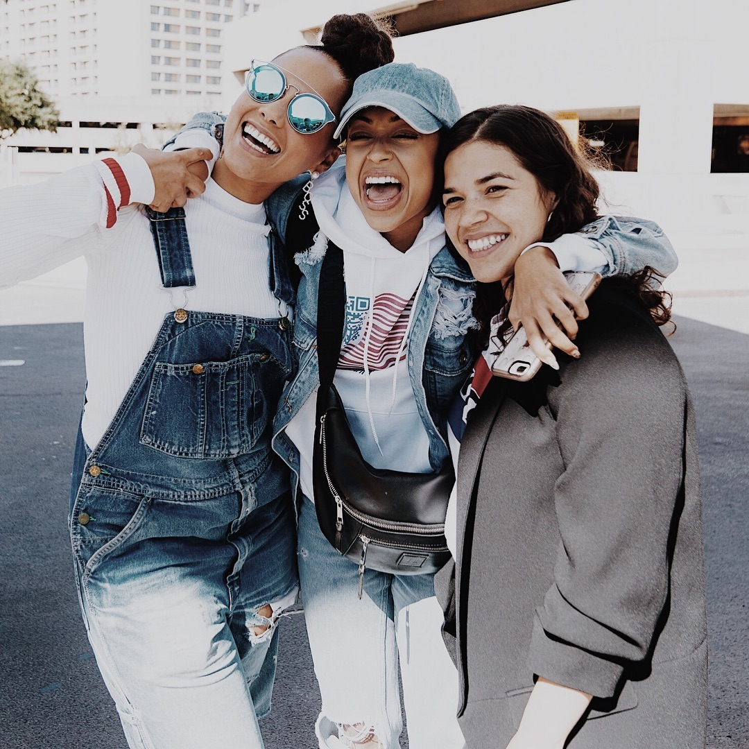 Liza Koshy Wearing Double Denim Urban Look 2019