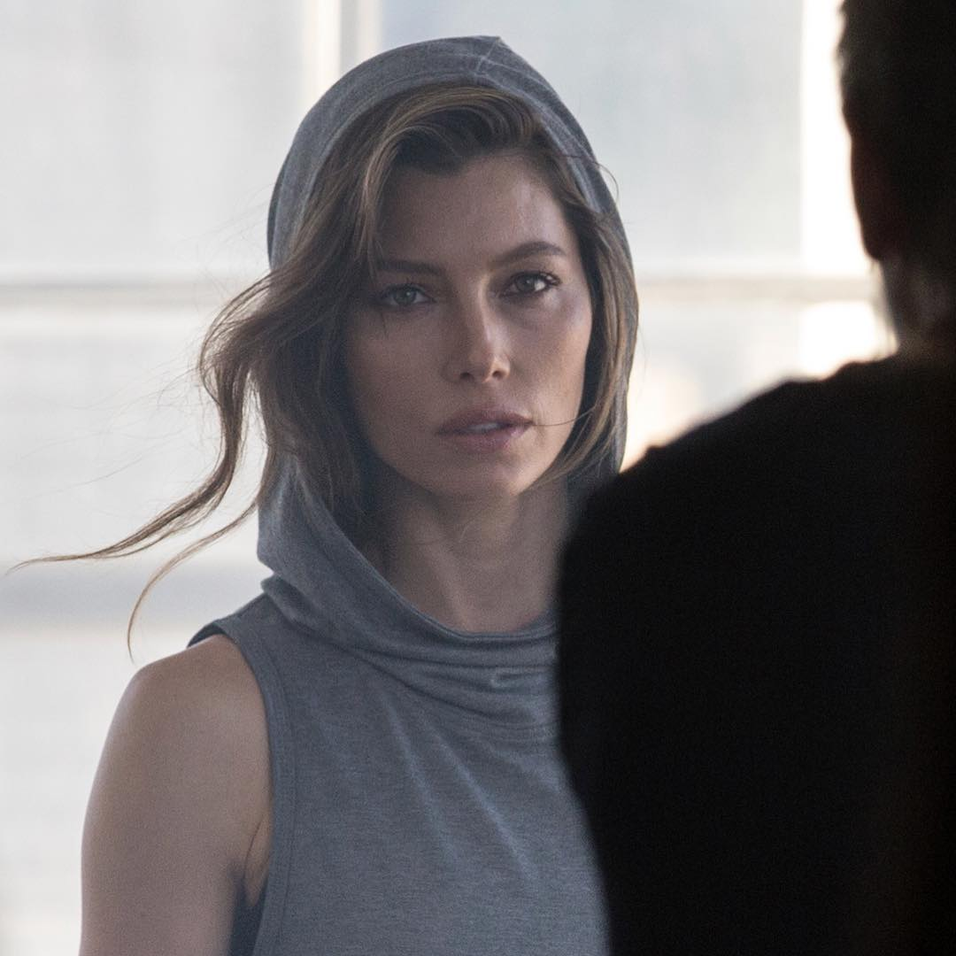 Jessica Biel Wearing Soft Grey Cotton Hooded Active Top 2019