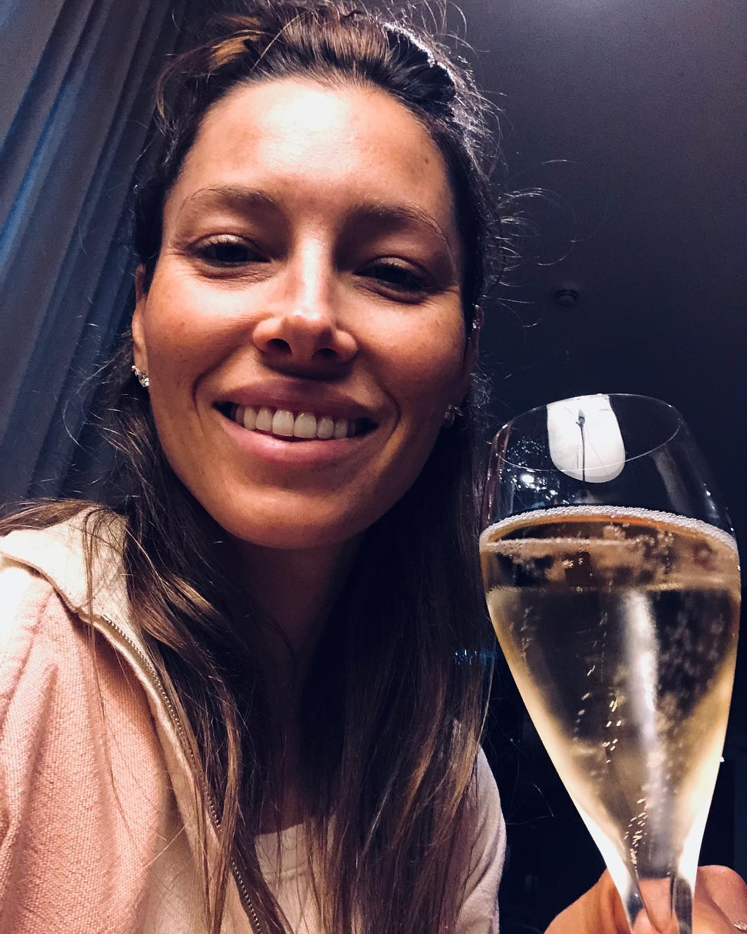 Jessica Biel With Messy Down Do Hairstyle Drinking Champagne 2019