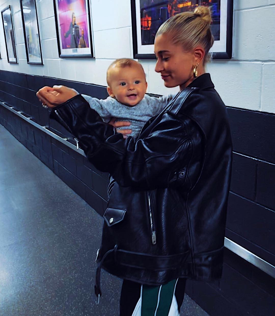 Oversized Black Leather Jacket On Hailey Rhode Bieber 2020