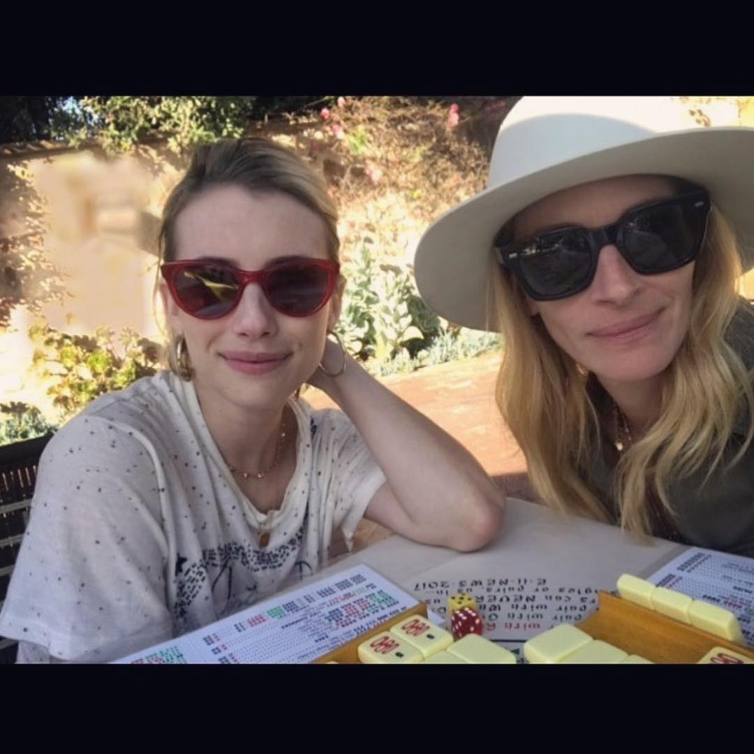 Emma Roberts And Julia Roberts Playing Mahjong 2019