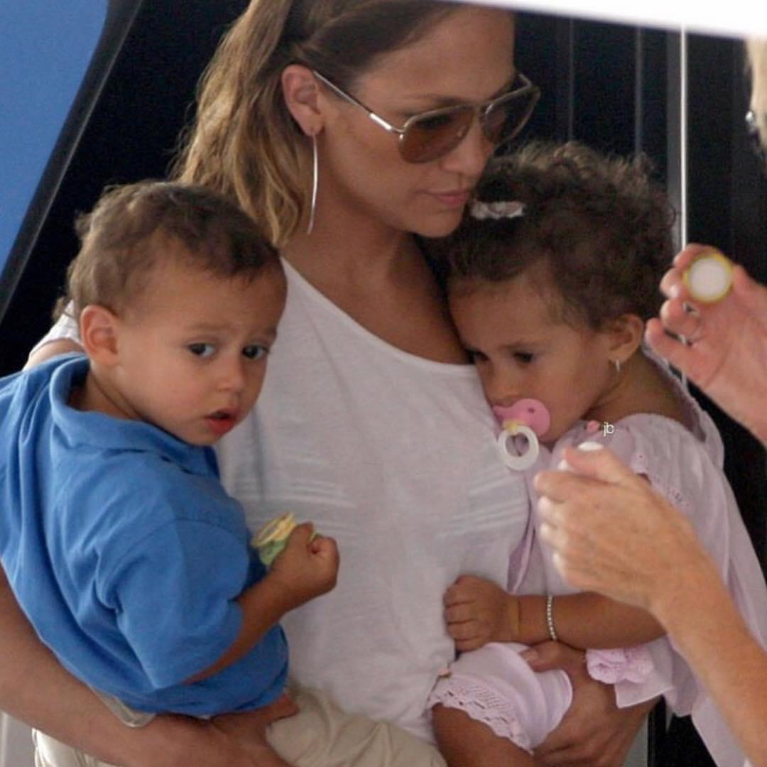 Jennifer Lopez With Her Kids Wearing Aviator Sunglasses 2019