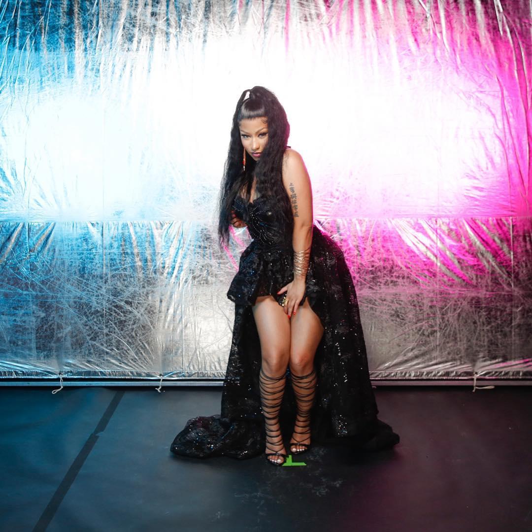 Nicki Minaj Wearing High Low Corset Dress In Black 2020
