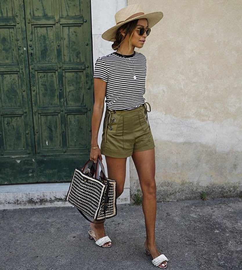 Italian Holidays Style: Wide Brim Straw Hat, Striped Tee And Khaki Shorts 2019