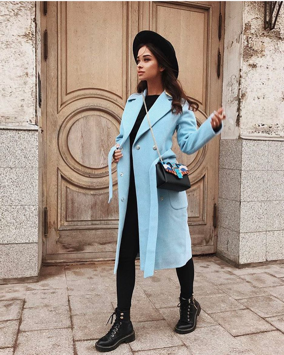How To Wear Blue Coats In Autumn 2019