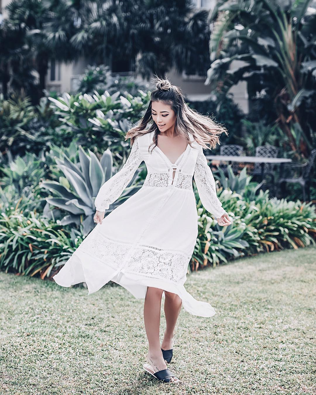 White Dress With Lace Details And Black Leather Slides 2020
