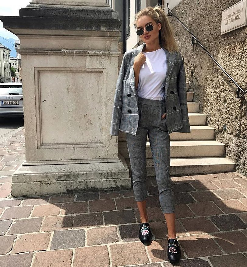 Smart Tailoring: Tomboy Plaid Print Pantsuit In Grey Color 2019
