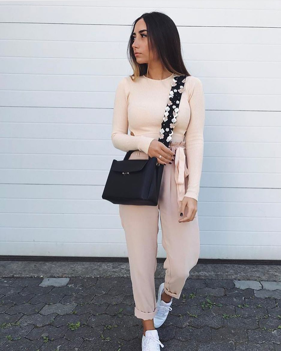Cream Blush Outfit: Knitted Bodysuit And High Waisted Pants 2019