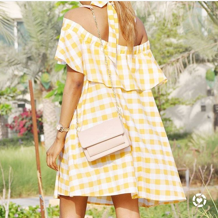 Off-Shoulder Ruffled Gingham Dress For Summer Trips 2019