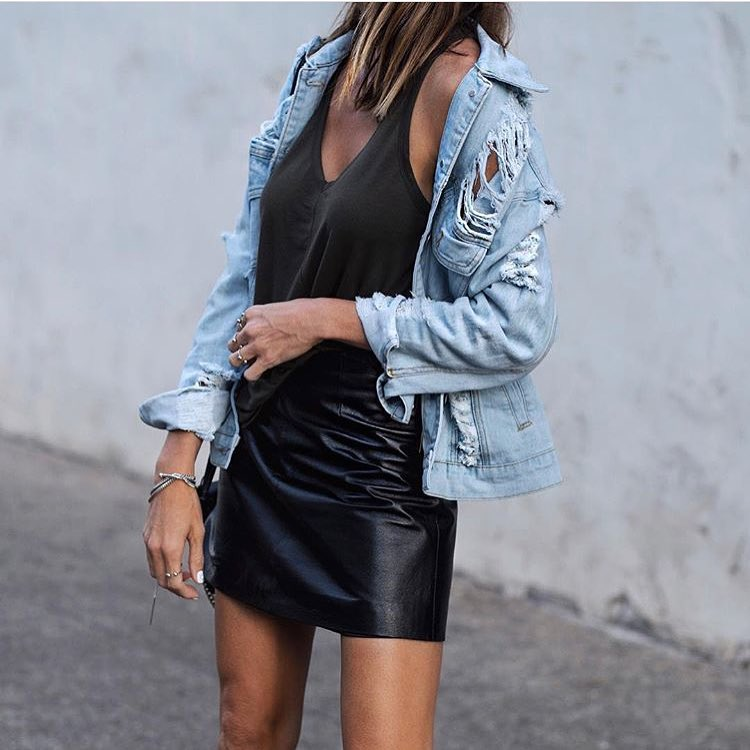 How To Wear Ripped Denim Jacket 2021