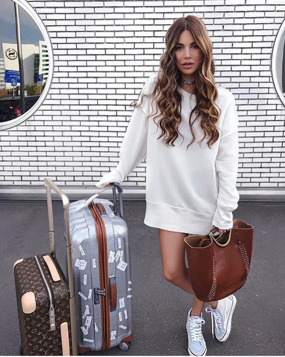 Airport Outfit Idea With A Sweatshirt Dress 2019