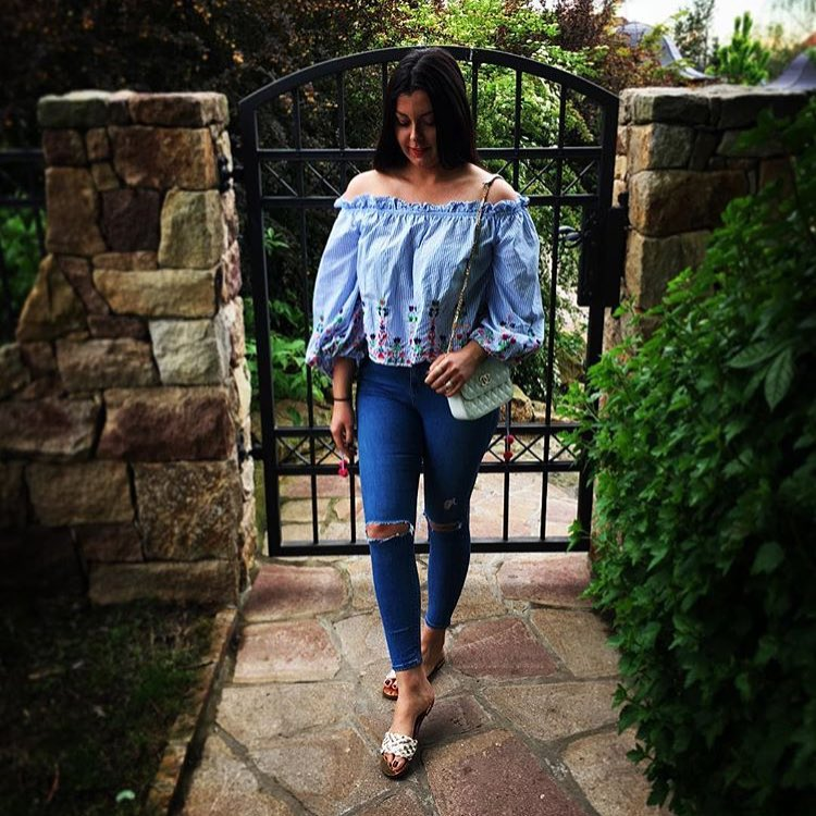 How To Look Chic In Off Shoulder Blouse 2019