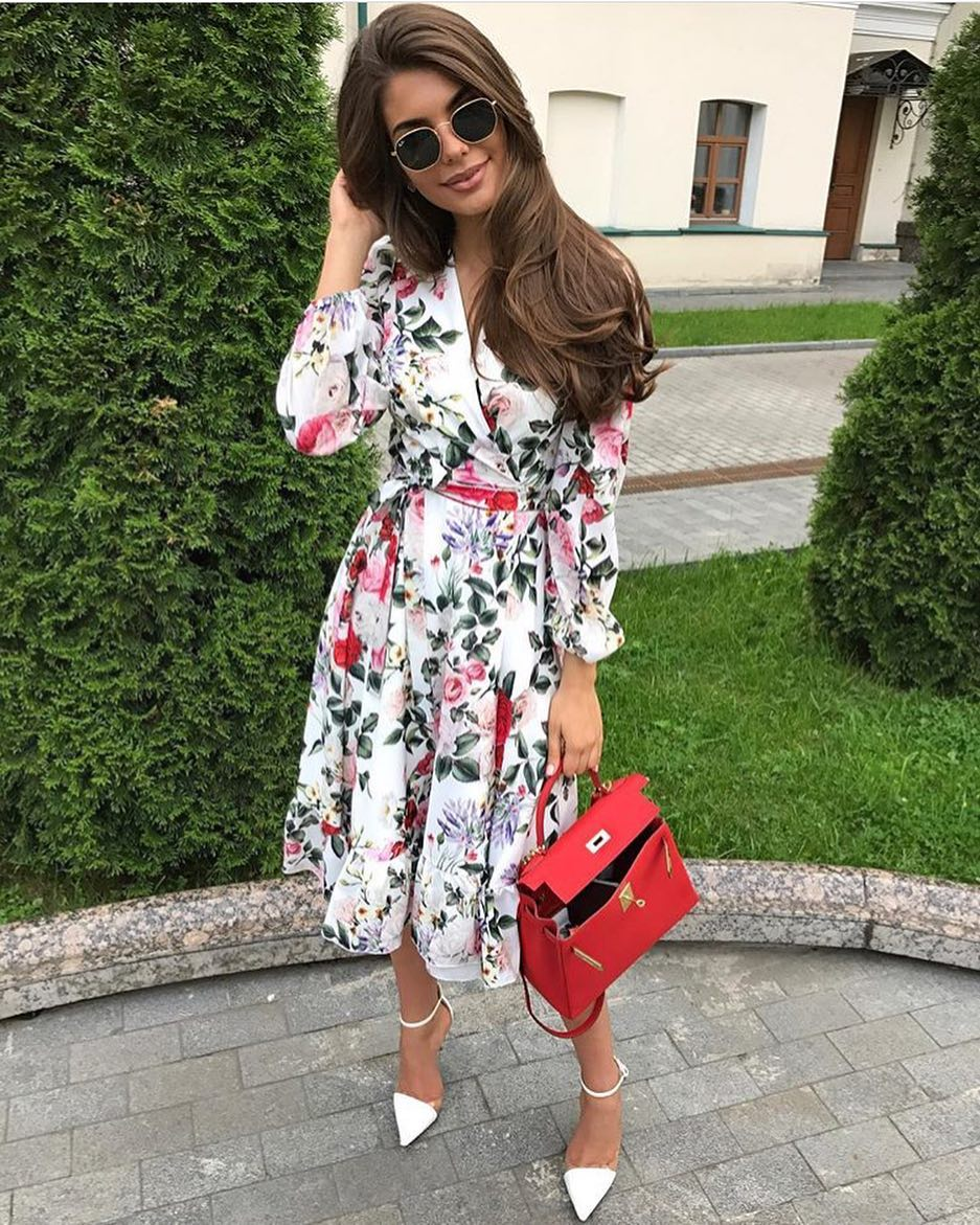 Best Outfit Of The Day: Wrap Kimono Dress In Floral Print 2020