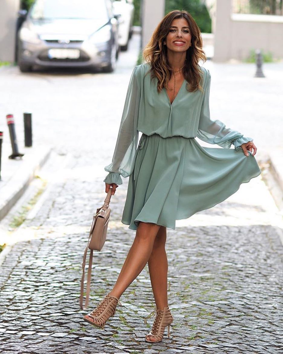 How To Wear Turquoise Green Silk Dress With Nude Caged Heels 2019