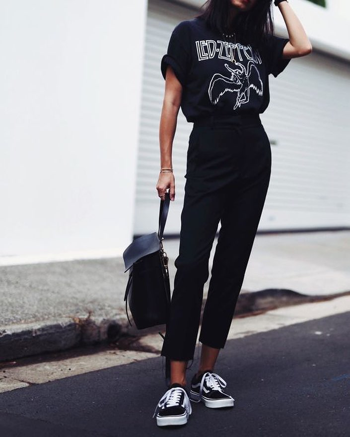 Monochrome OOTD: Black Rock Band T-shirt With Black Pants And Black Trainers 2020