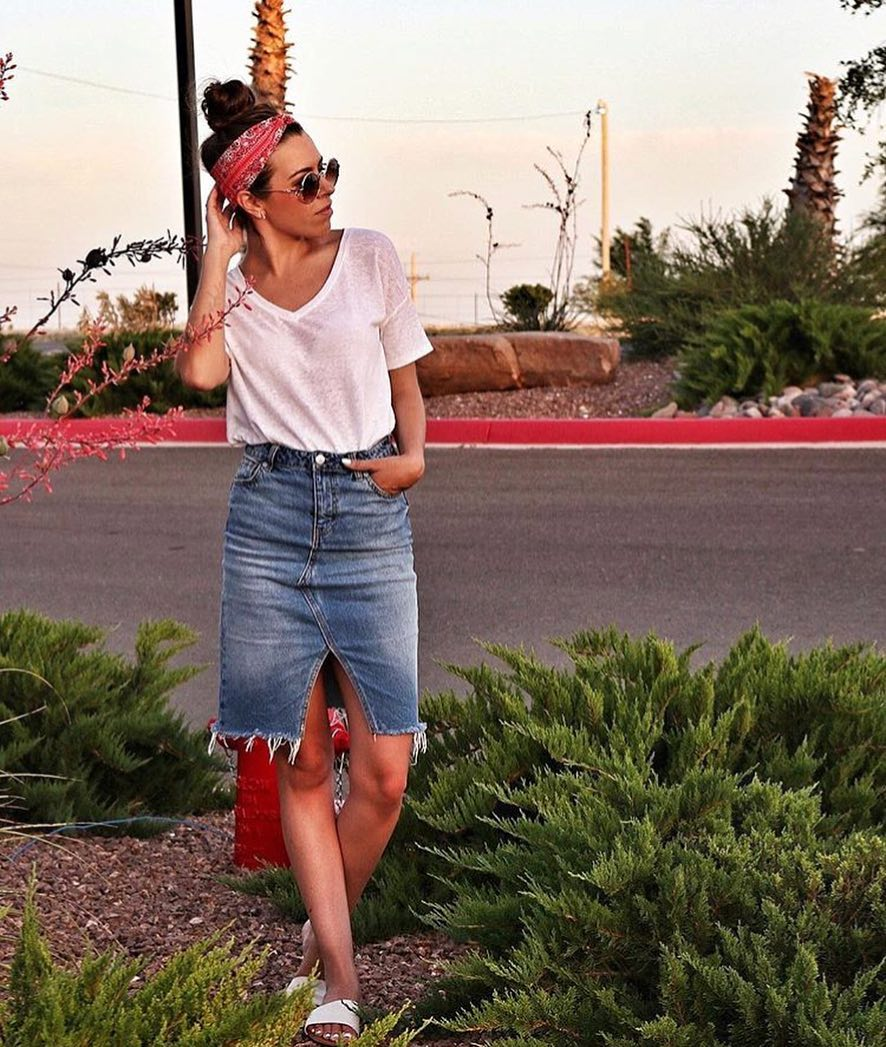 How To Wear White T-shirt With Long Denim Skirt 2019