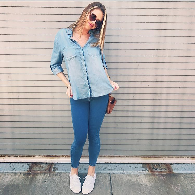 Double Denim: Chambray Shirt And Jeggings With White Trainers 2019