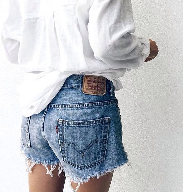 How To Wear White Linen Shirt With Blue Denim Shorts 2019