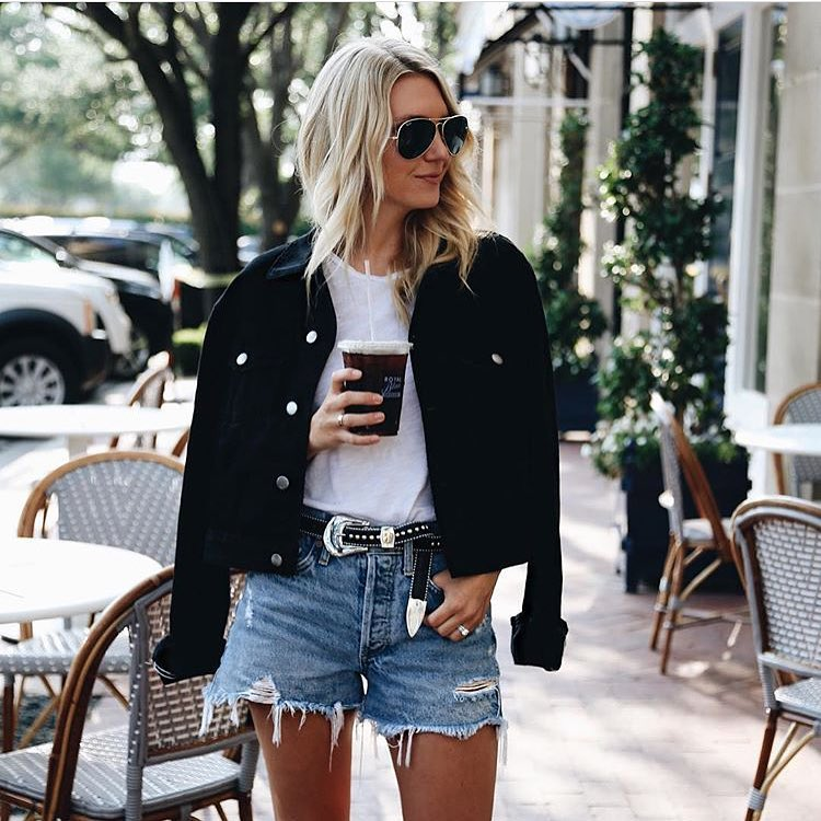 How To Wear Denim Cut-Off Shorts With White Tee And Black Velvet Jacket 2019
