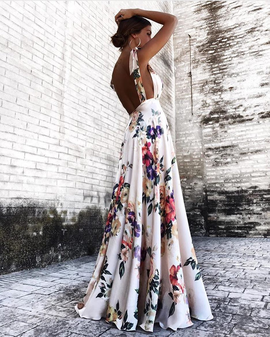 How To Wear Open Back Sleeveless White Maxi Dress In Floral Print 2020