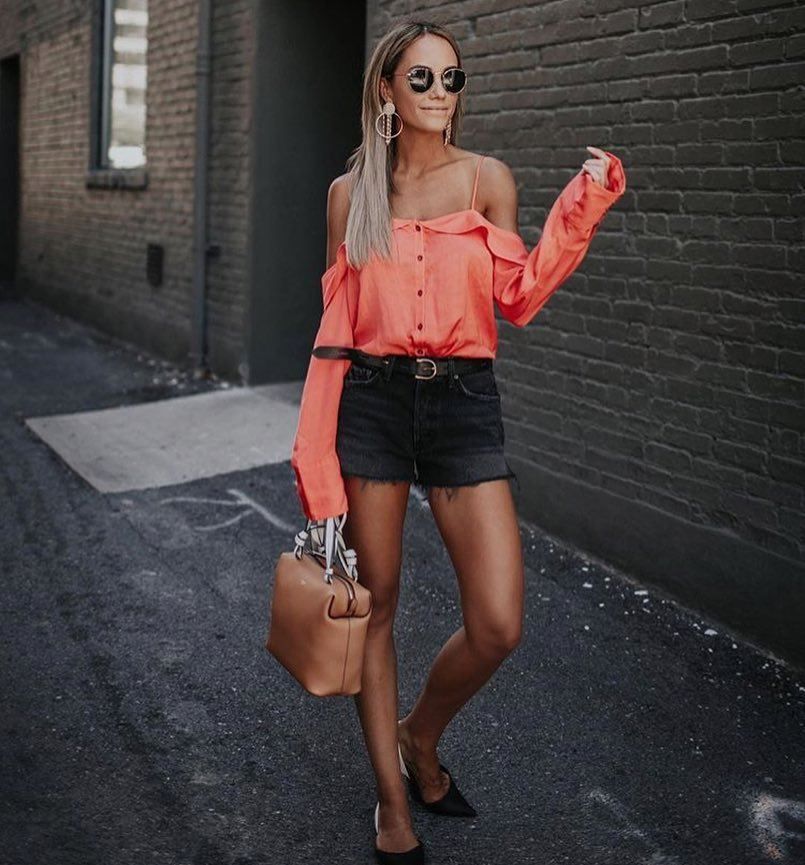 How To Wear Salmon Pink Cold Shoulder Blouse With Charcoal Denim Shorts 2020