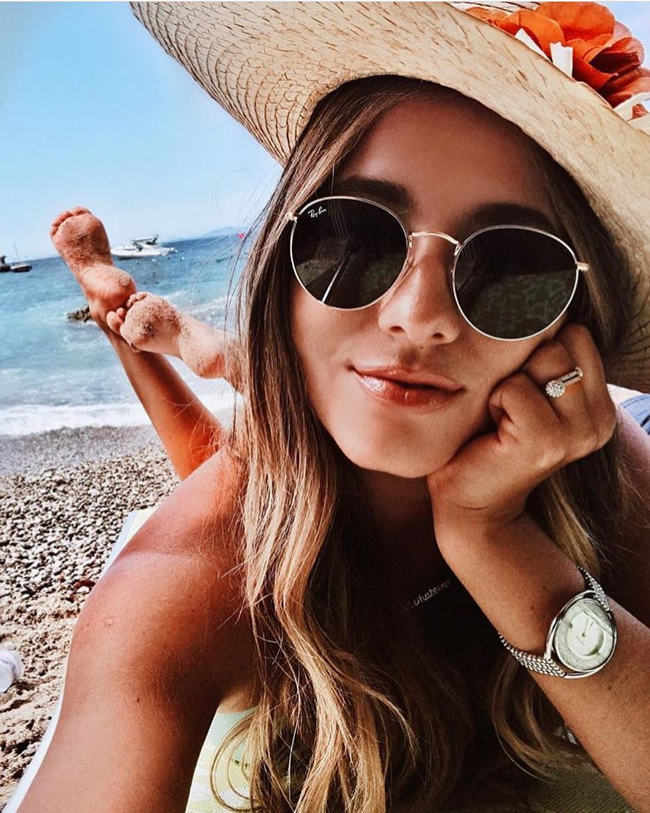 Beach Wear Must Haves: Rounded Sunglasses And Straw Sun Hats 2020
