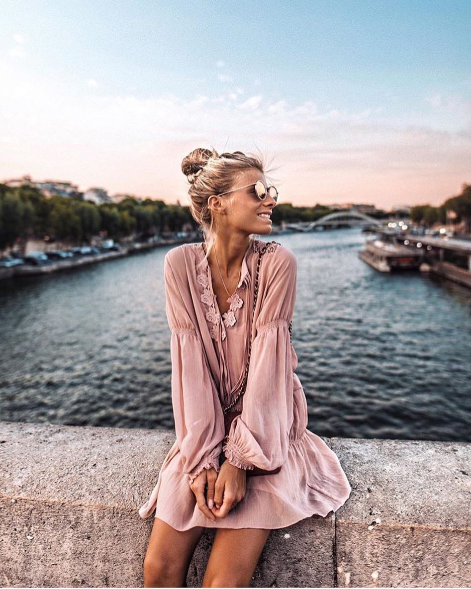 Parisian Boho Outfit Idea: Blush Lightweight Dress With Puff Sleeves 2020