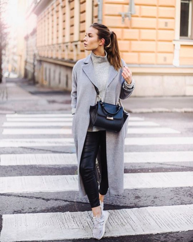 How To Style Long Grey Wool Coat With Grey Sweater, Black Leather Pants And Sneakers 2020