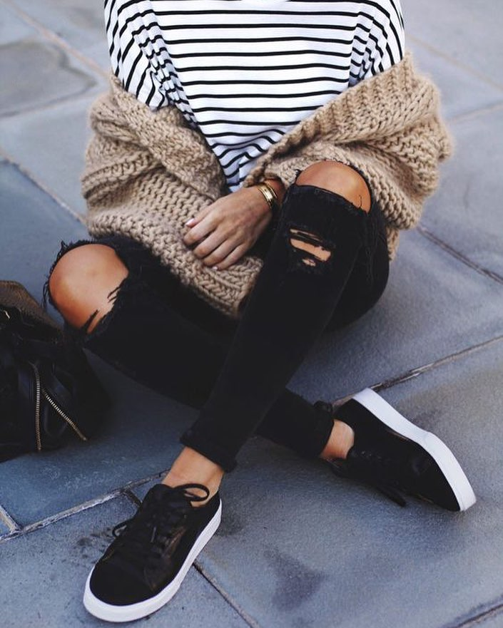 What To Wear With A Striped Long Sleeve Top And Chunky Knit Cardigan 2020