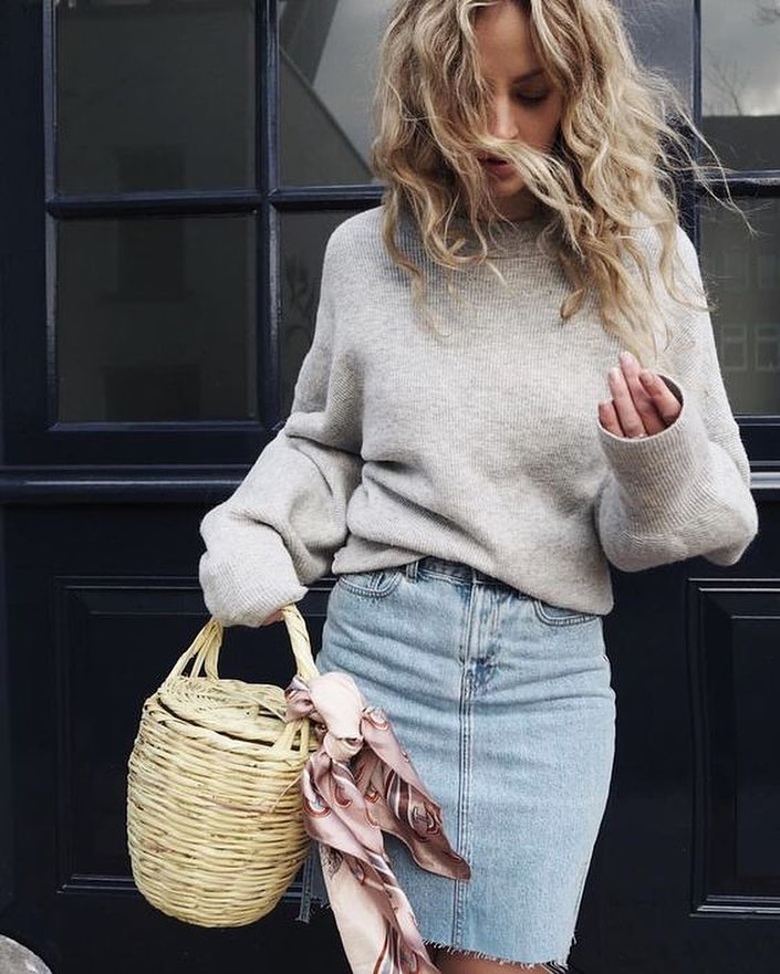 Fall Must Have Combo: Sweater And Denim Skirt 2019