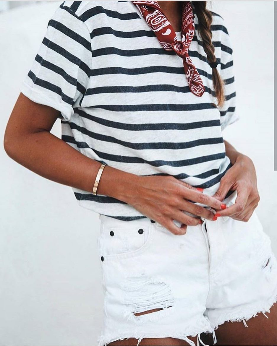 Best Way To Wear Bandana Neckscarf With Striped Tee And White Denim Shorts 2019