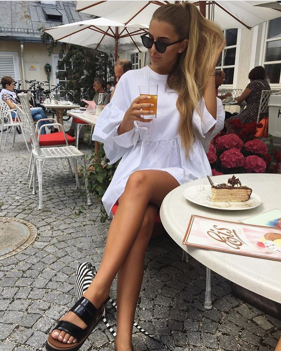 How To Style Glossy Black Platform Sandals With White Shift Dress And Black Shades 2019