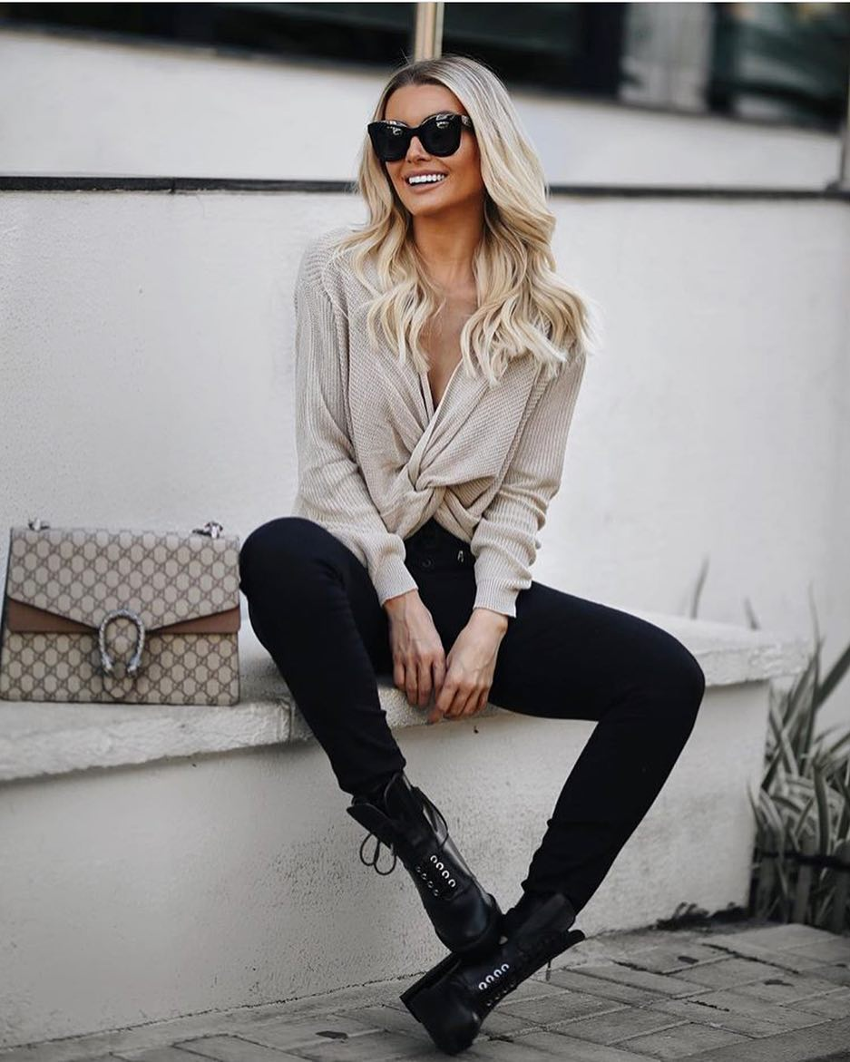 How To Wear Wrap Sweater With Black Skinnies And Platform Lace-Up Boots 2020