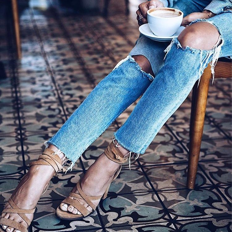 Knee Ripped Jeans And Suede Strappy Heeled Sandals 2020