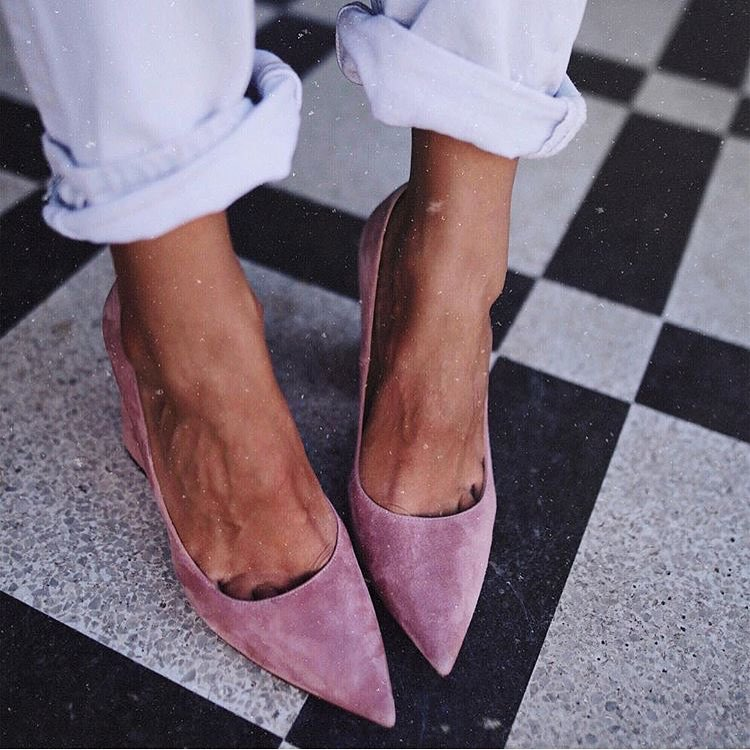 How To Wear Pink Suede Pumps With Cuffed Jeans 2019