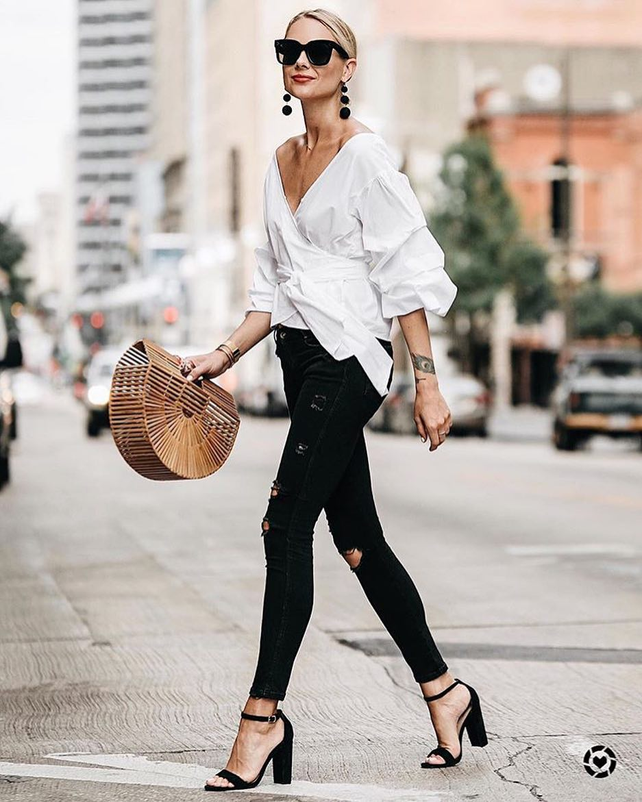 Summer Basics: Black Ripped Skinny Jeans, White Wrap Top And Block Heels 2021