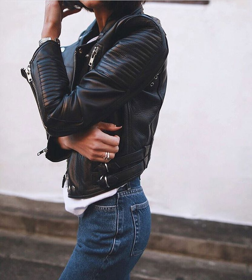 Simple Day Look: Biker Black Leather Jacket And Blue Jeans 2020