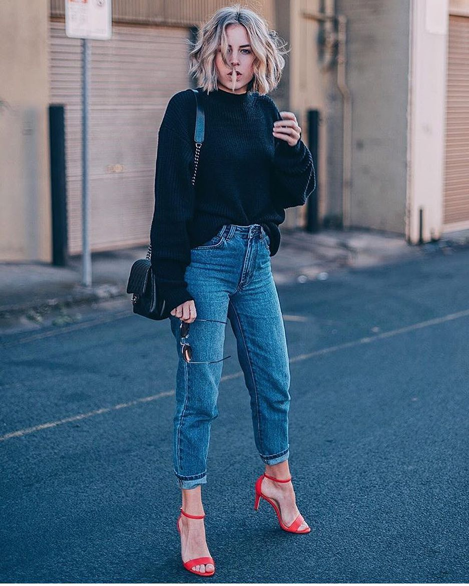 Spring Basics: Red Heeled Sandals With BF Jeans And Black Sweater 2019