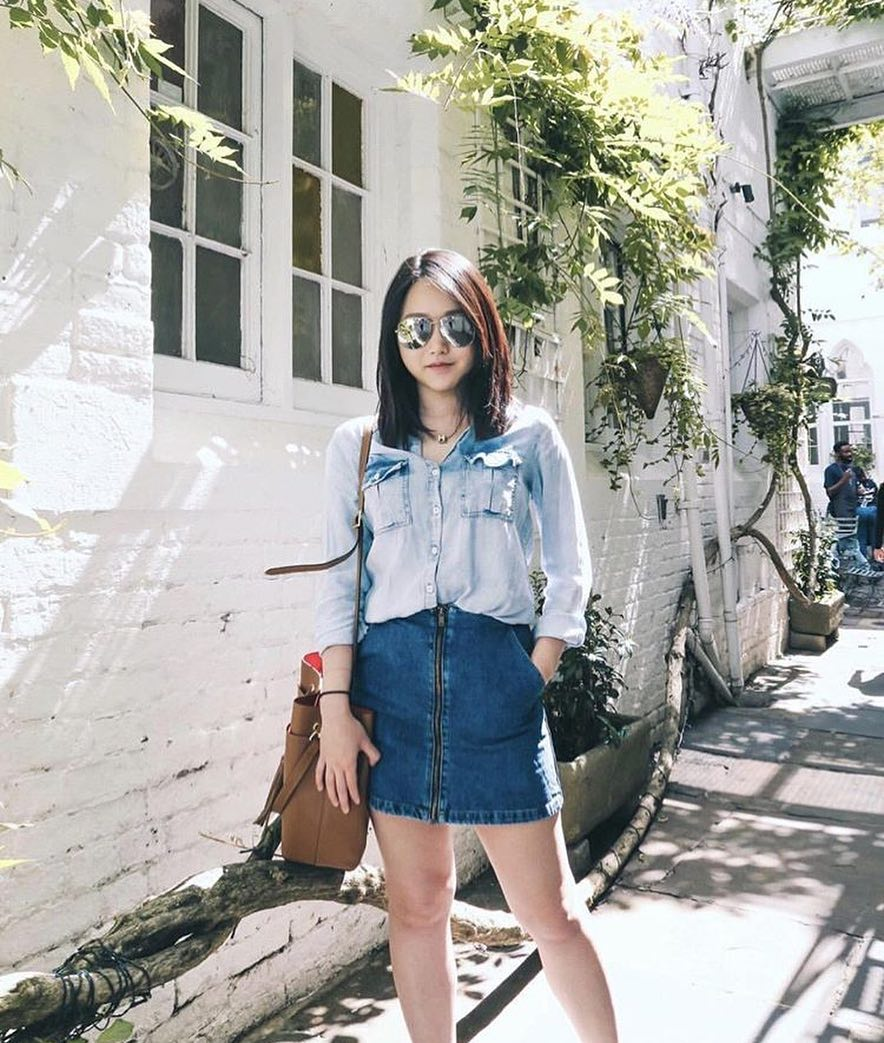 Double Denim For Summer: Chambray Shirt And Front Zip Denim Skirt 2020
