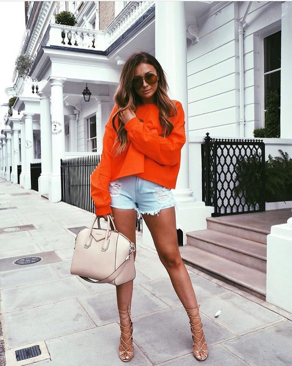 Summer Casual Style: Oversized Orange Sweater, Ripped Denim Shorts And Strappy Heels 2019