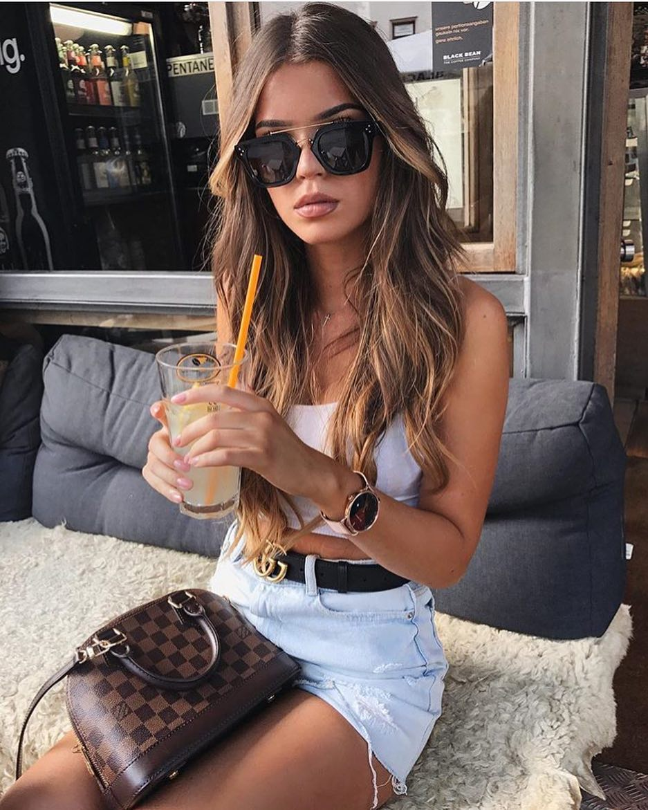 Summer Accessories: How To Wear Black Oversized Sunglasses With Crop Top And Denim Shorts 2019