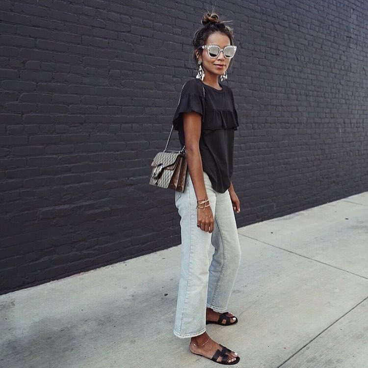 Hippie Inspired Summer Look: Black Silken T-Shirt And Wide Ankle Jeans 2021