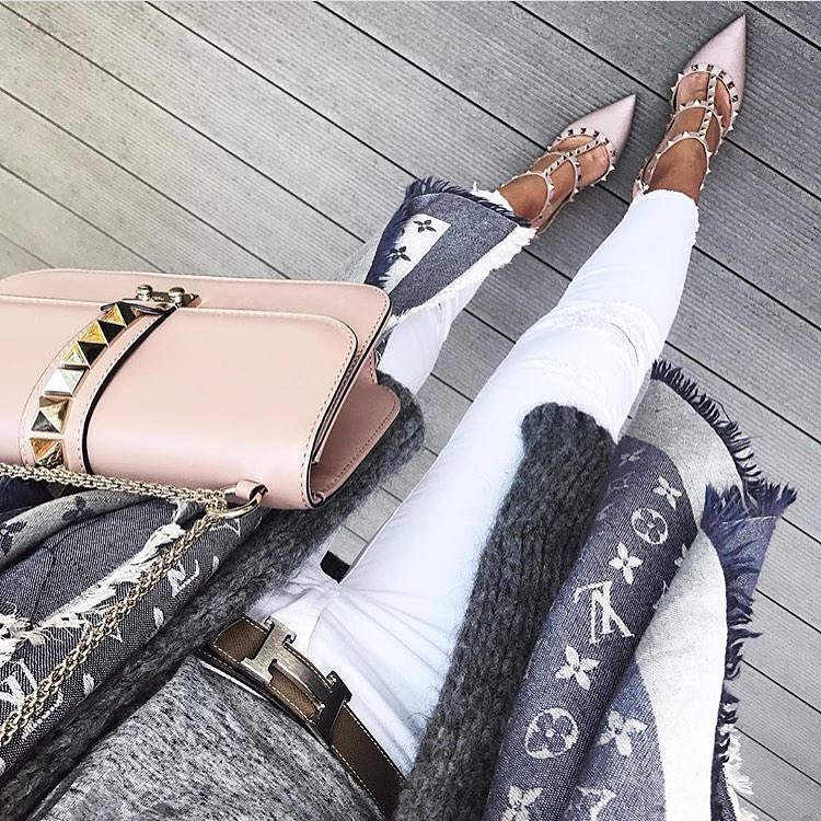 How To Wear Studded Pointed-Toe Heeled Pumps In Blush Color 2019