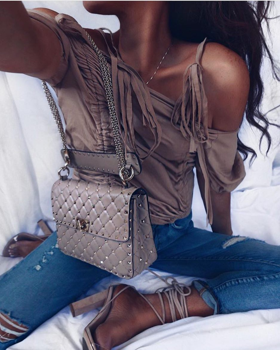 Day To Night Summer Outfit Idea: Drop Shoulder Top, Jeans And Strappy Heels 2019